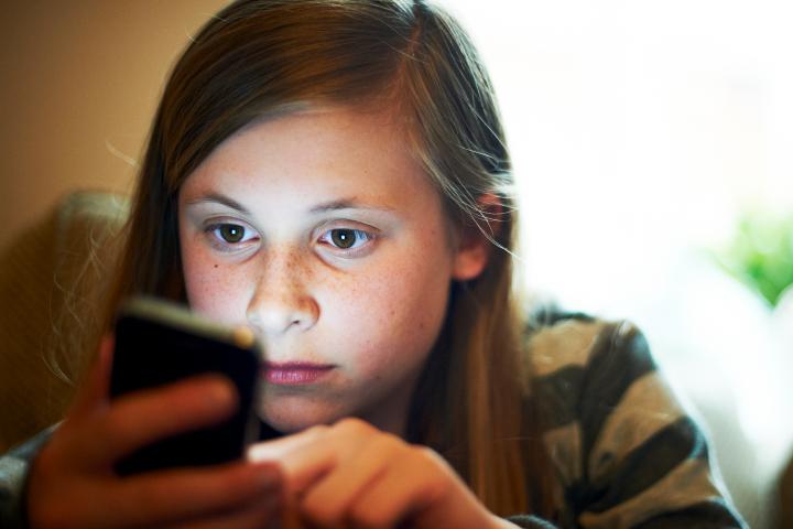 mobile activities of your girlfriend